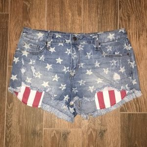 Pants - Stars & Stripes Shorts